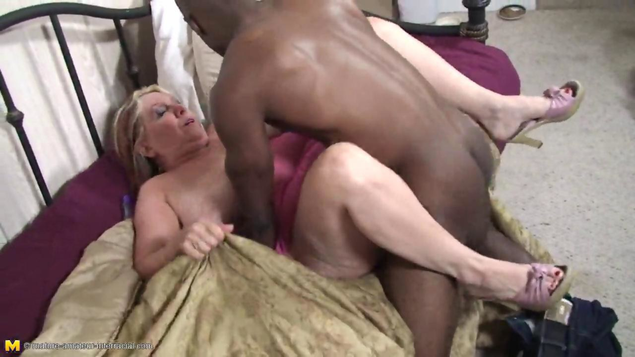 Milf first anal gif