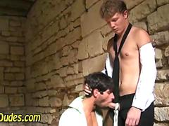 Gay French amateurs fuck in an old french house