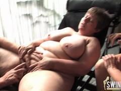 Granny and two hot babes in an lesbian threesome affair