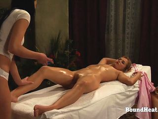 sophie orgasming's submission like never before