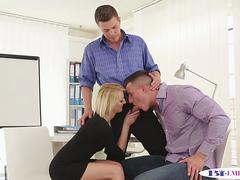 Bisexual office stud analized in MMF trio