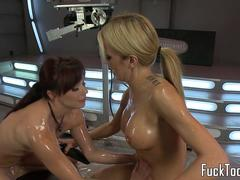 Machine loving dyke squirts after analplay