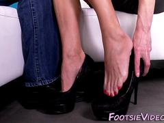 Heeled babes feet jizzed