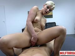 Hot milf pov and creampie