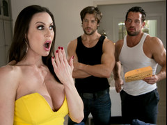 Kendra Lust pays with her body
