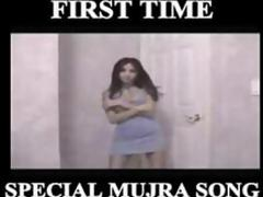 INDIAN NUDE SEXY MUJRA per DANCE