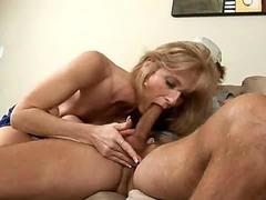 Dee dee loves to be on top when she fucks movie