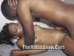 Freaky hoe goes hard as she can for a hard on