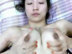 Very pretty chinese chick fucked by her bf