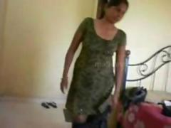 Indian hourse wife and devar enjoy in hotel
