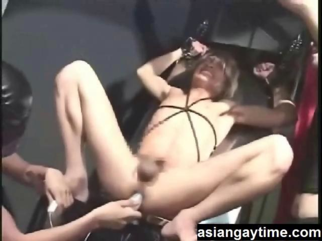the pleasures of gay Asian sex