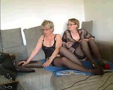 mature sisters on webcam