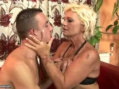 Horny short-haired blonde granny gets her hairy snatch fucked