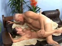 Old man fucking a horned up slutty young girl
