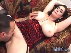 Chubby milf Raven got plugged from behind