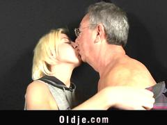 Old man fucking anal deep a young  blonde
