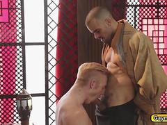 Gay king wants blowjob and fucks servant in the anal