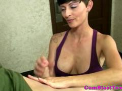 Shorthaired milf facialized after amateur tug
