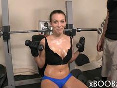 Gym babe gets all sweaty and fucked during her workout doggys tyle