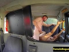 Bigtit cabbie facialized after fucking
