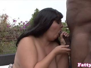 Curvy BBW interracially fucked outdoors