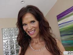 Hot MILF Syren De Mer grabs cock and takes an anal ride