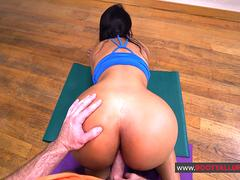 Rose Monroe Culona Latina Workout Fucking
