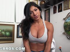 Sporty Latina Xo Rivera Does 100 Dick Squats