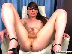 Amateur spex tgirl toys ass deeply with dildo