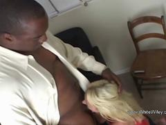 Blonde Wifey Nailed Deeply in the Ass