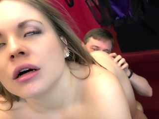 Innocent Teen Seduces Grandpa and he cum on her tongue