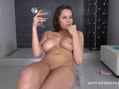 wetandpissy---the-gusher---pussy-pissing