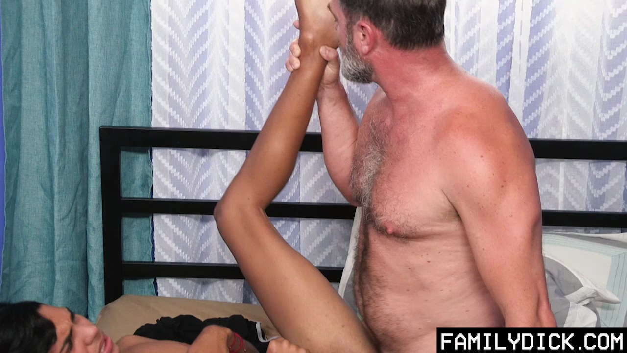 Dildo ride jerk off and sperm on poppers