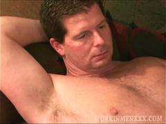 Mature Amateur Cole Jacking Off