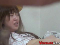 japanese babe climaxes hard