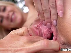 Randy czech cutie stretches her tight twat to the special