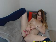 Hot College Babe Finger Fucks Her Wet Pink Pussy