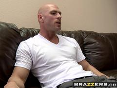 Brazzers - Big TITS in uniform - April ONeil Johnny Sins - Extra Large With Extra Pepperoni Nipples