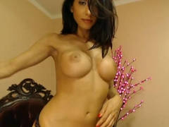 Hot Camgirl Idelsy Plays with her Pussy