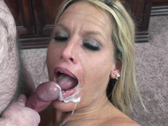 Blonde MILF Skylar Rae is getting her mature pussy pounded